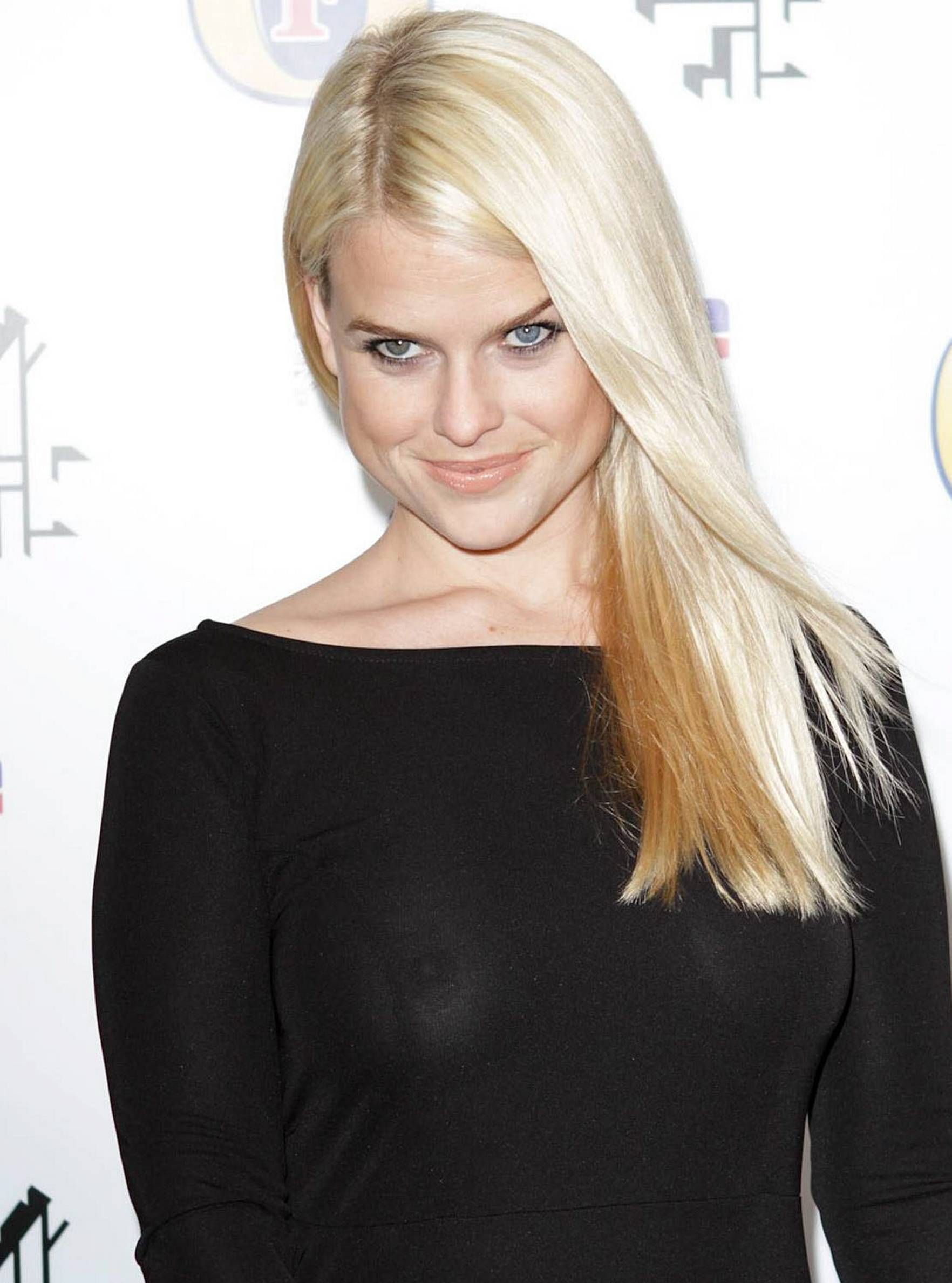 SEE THRU Alice Eve HQ 5