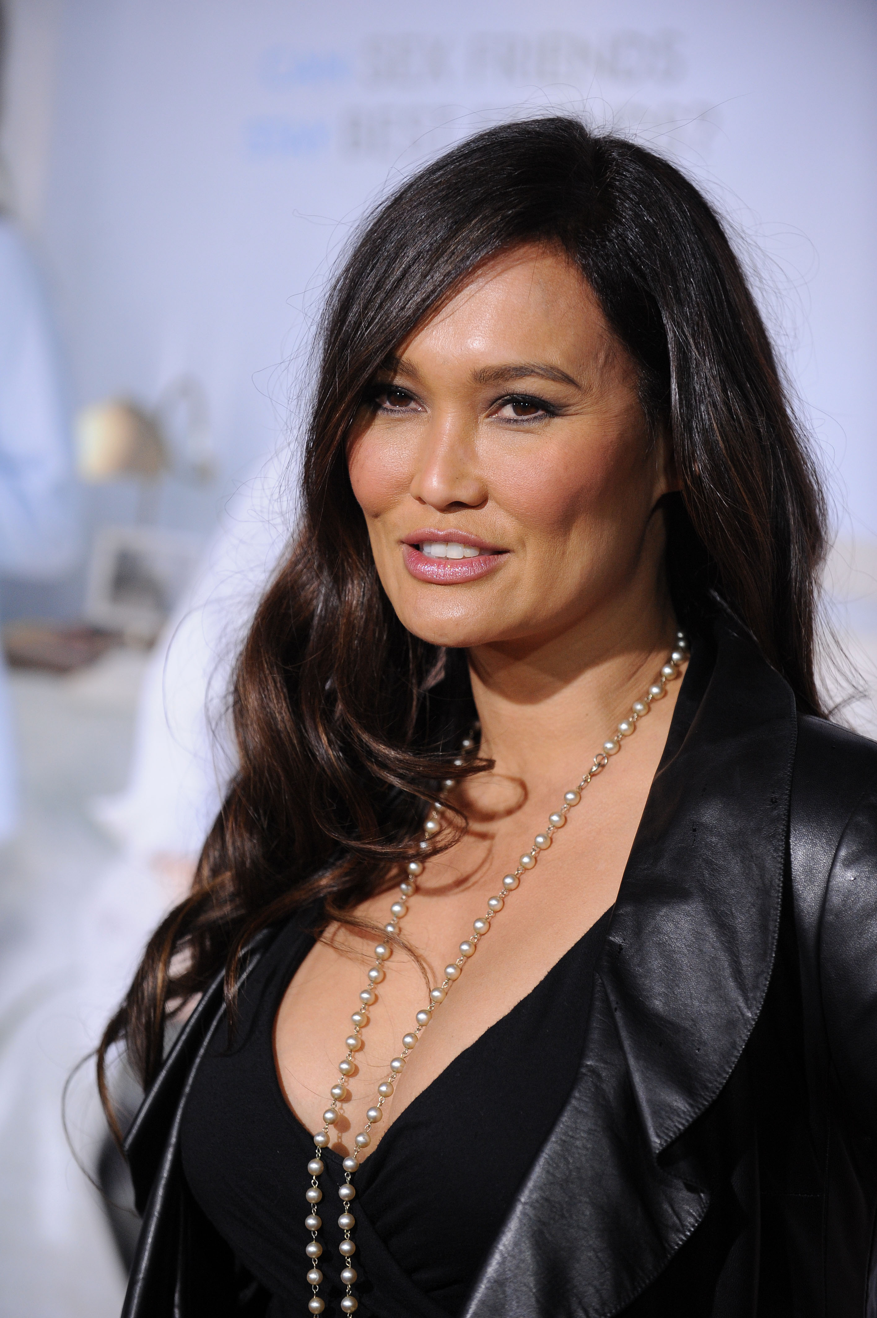 Tia Carrere - Photo Set
