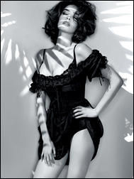 5561676_Guess_By_Marciano_SS_2011_Ad_Campaign_1.jpg