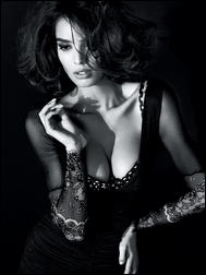 5561678_Guess_By_Marciano_SS_2011_Ad_Campaign_2.jpg